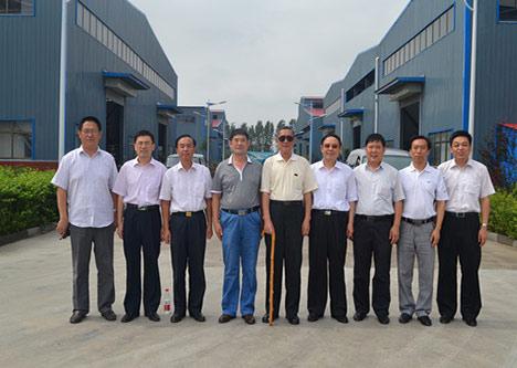 省海外联谊会名誉会长张积祥先生一行来公司考察