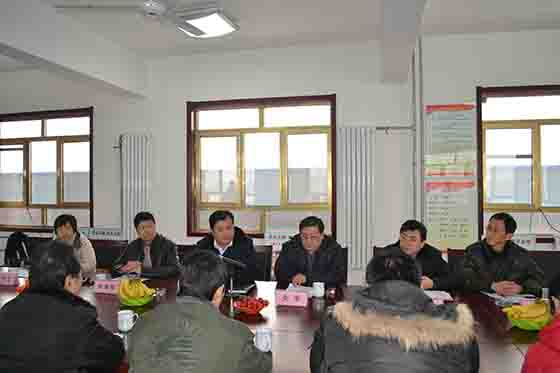 济南市科技局知识产权局领导来我司视察升降平台生产工作